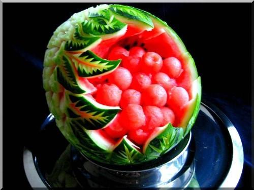 карвинг ягоды и арбуз
