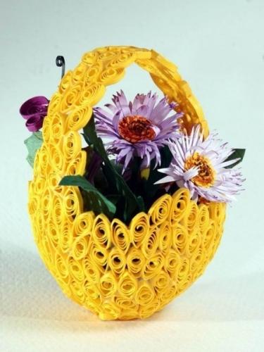 корзинка с цветами из квиллинга