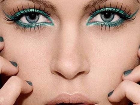 Как верно подобрать макияж к глазам цвета неба
