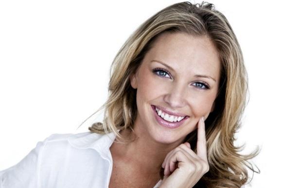 Красивые белые зубы в домашних условиях