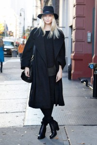 elle-01-melissa-cold-weather-coats-street-style-xln-xln