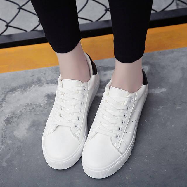 Белые кеды женские 2018 с чем носить