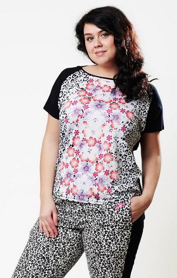 Комбинирванная футболка с цветочным риснком