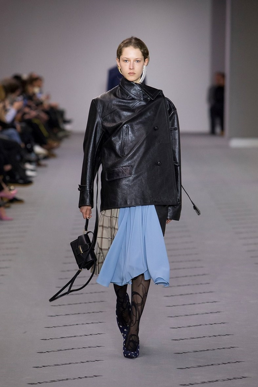 Асимметричная куртка