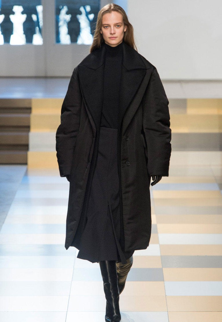 Длинная куртка для зимы