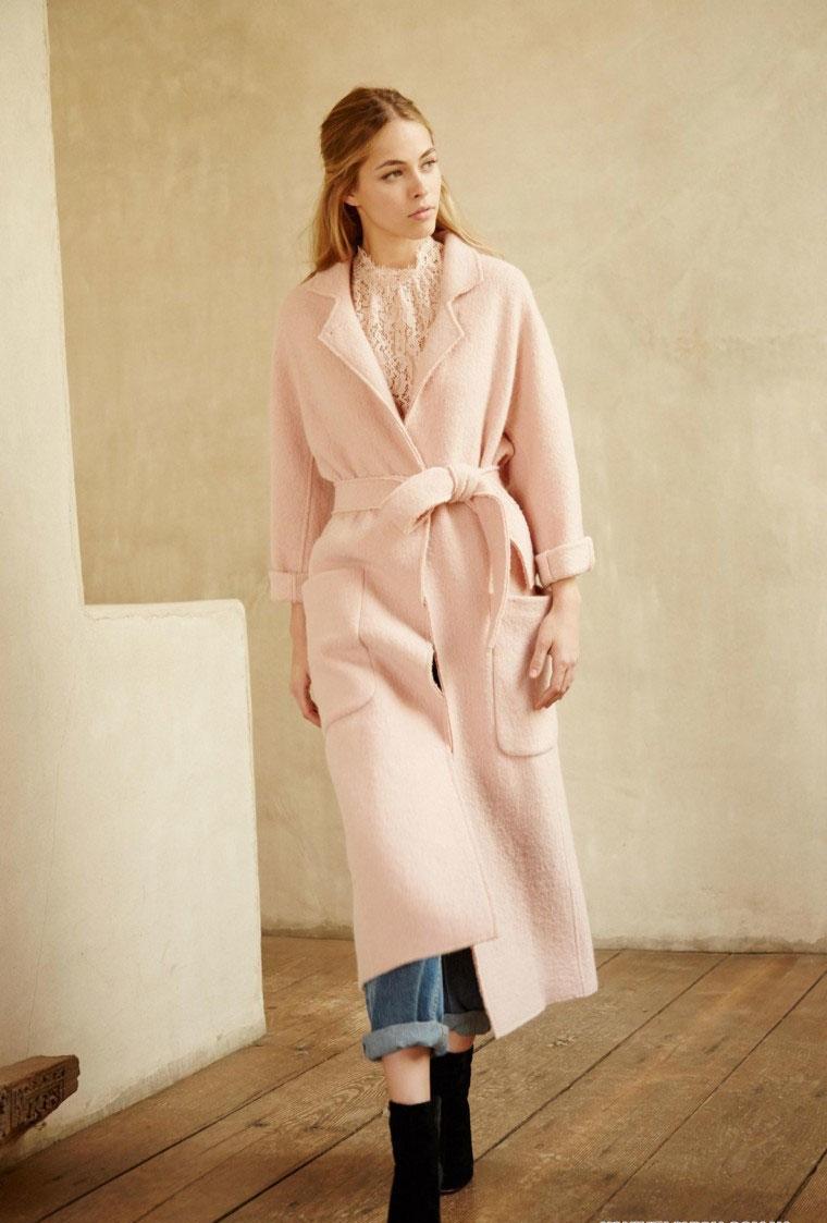Персиковое пальто